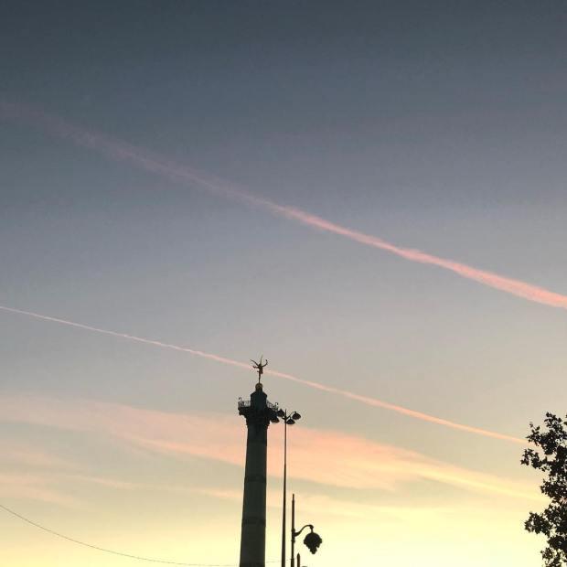 bureau street-art ville ciel soleil coucher gracia bejjani photo texte