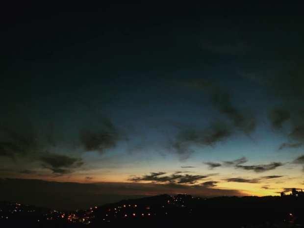 photo gracia bejjani nuit ciel presence liban montagne coucher penser solitude
