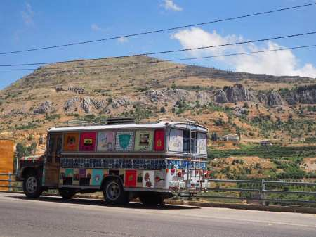 bus images liban faraya vieillir vieux street-photo gracia bejjani