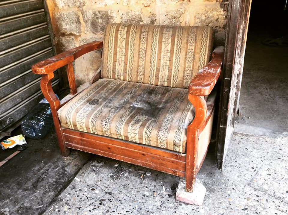 fauteuil rue liban tyr gracia bejjani street-photo vieillesse temps vieux