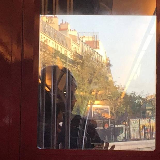miroir vitre ville street-photo
